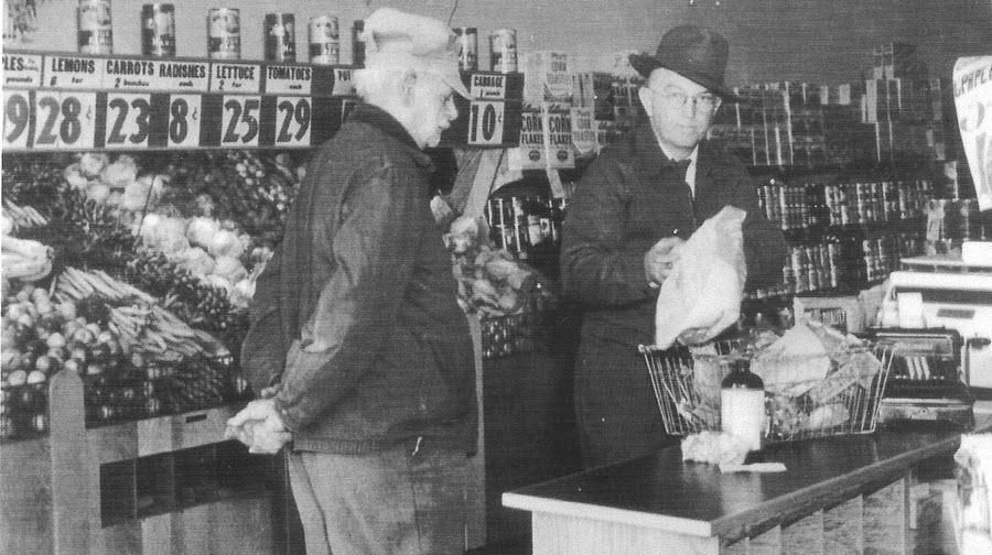 Hans Sieh & Bill Blakkolb groceries